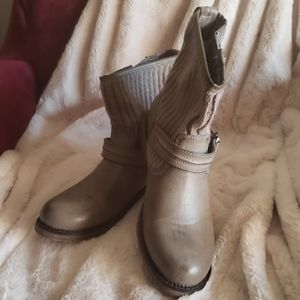 Dirty Laundry Ankle Boots